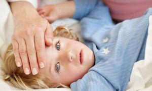 Что делать когда у ребенка рвота и температура