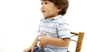 ребенок с отравлением